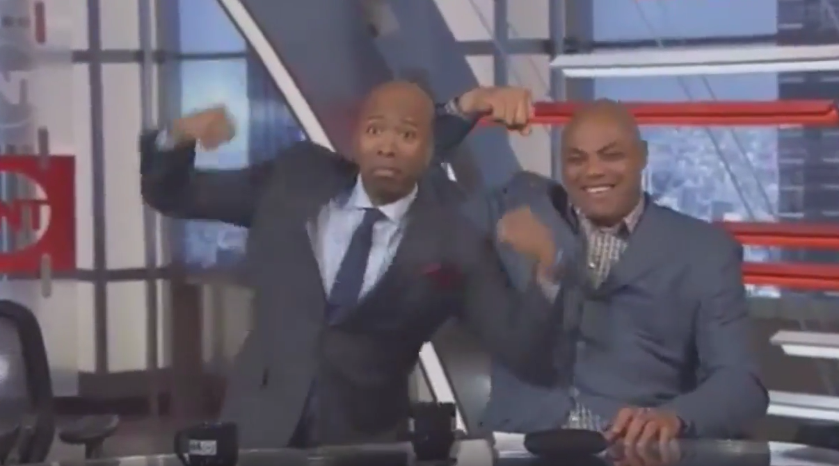 Kenny Smith, de la TV à un banc NBA ?