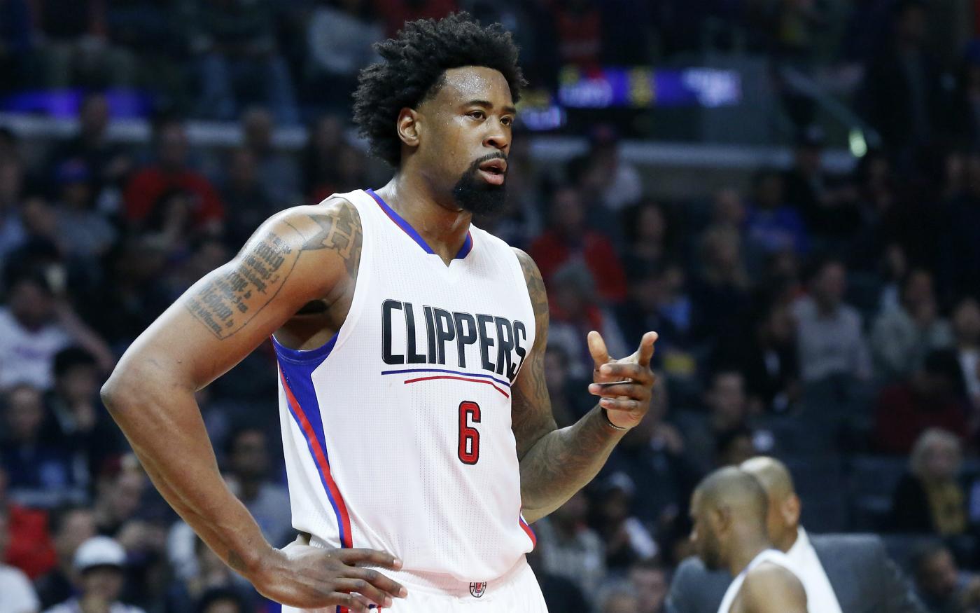 Les Clippers écrabouillent les Nets