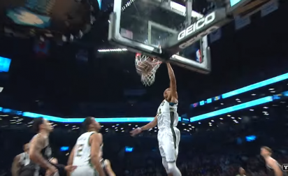 Top 10 : Quadruple dose de Giannis, Calderon au buzzer