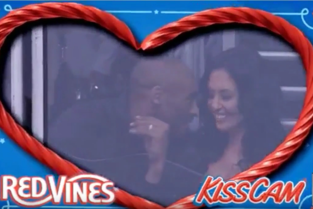 Quand Kobe Bryant passe à la Kiss Cam