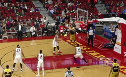 DJ Stephens, la recrue des Grizzlies, est une dunk machine !