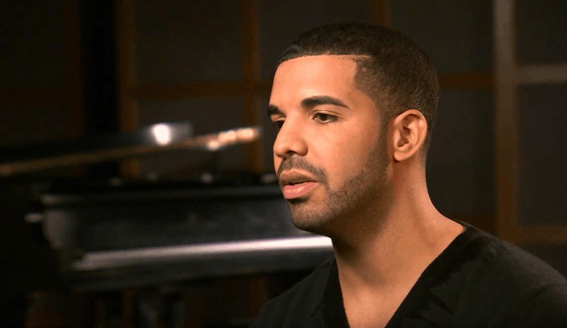 Drake en place une pour Devin Booker dans «Sicko Mode» de Travis Scott