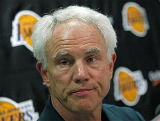 Mitch Kupchak n'oublie pas que les Lakers peuvent perdre leur pick