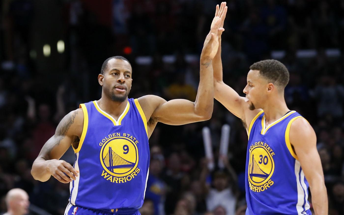 Vertigineux, le top 10 de la saison des Golden State Warriors