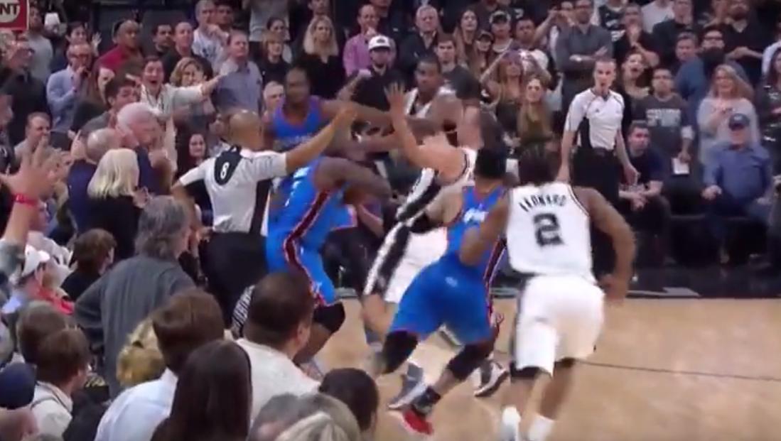 La justification absurde de la NBA sur la fin de match de Spurs - Thunder