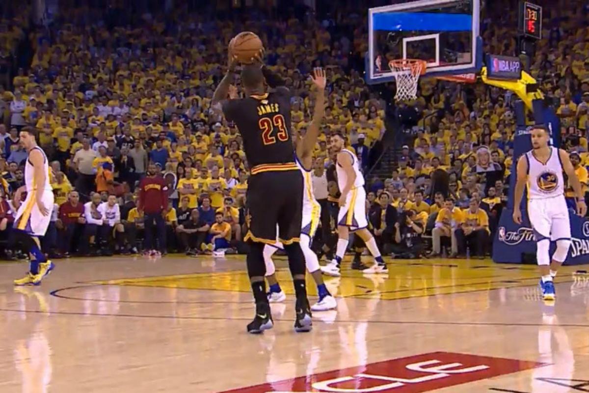 Cleveland décroche un game 6 grâce à LeBron James et Kyrie Irving