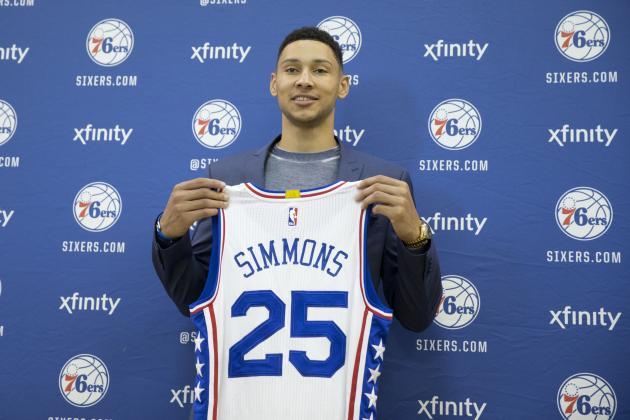 Ben Simmons sous-entend déjà qu'il ne fera pas de saison blanche