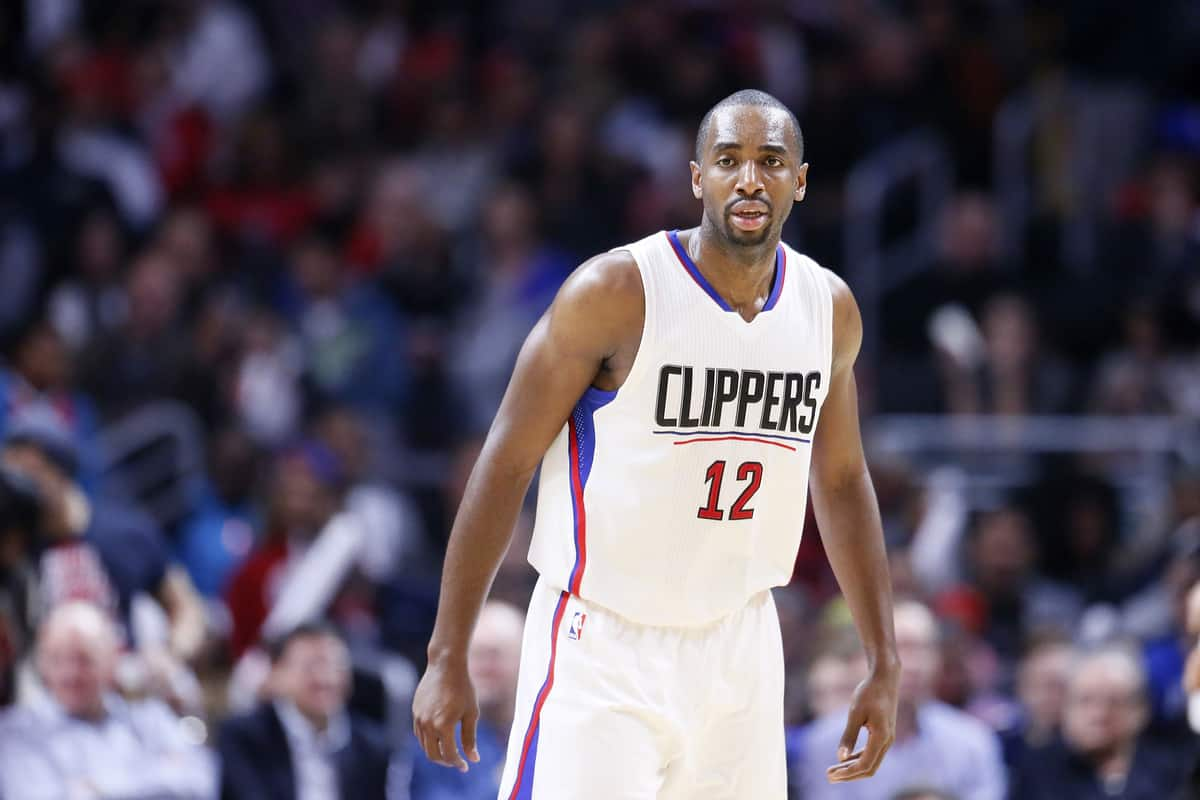 Les Clippers veulent Marreese Speights et Luc Mbah A Moute