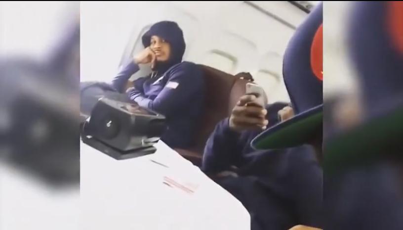 Carmelo Anthony s'explique sur la scène de l'avion