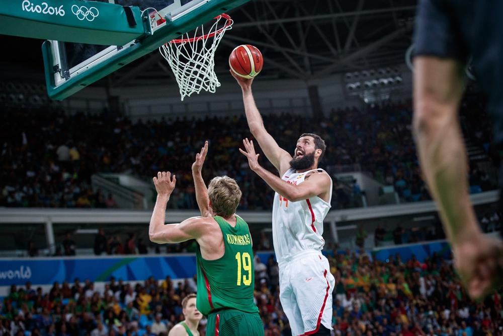 L'Espagne se relance en explosant la Lituanie : +50 !