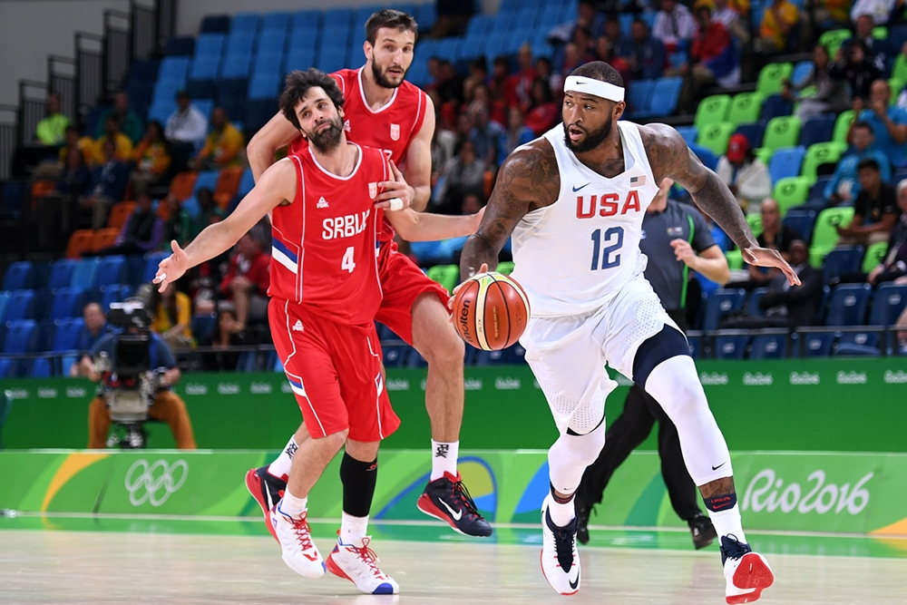 Team USA s'impose in-extremis contre la Serbie !