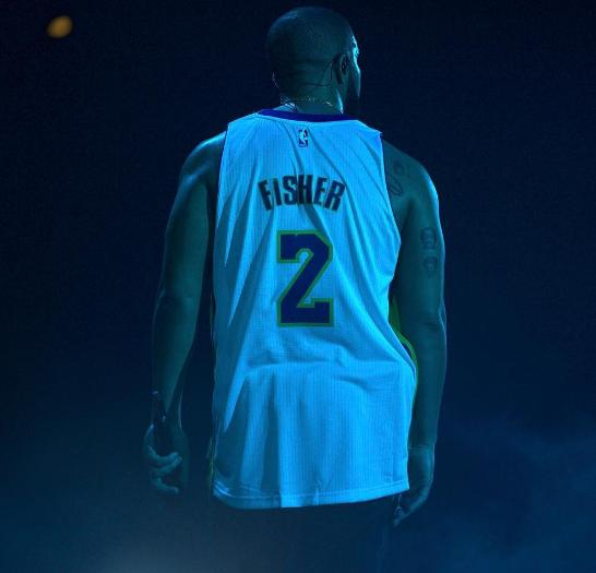 Drake met un maillot de Derek Fisher et se paie Matt Barnes