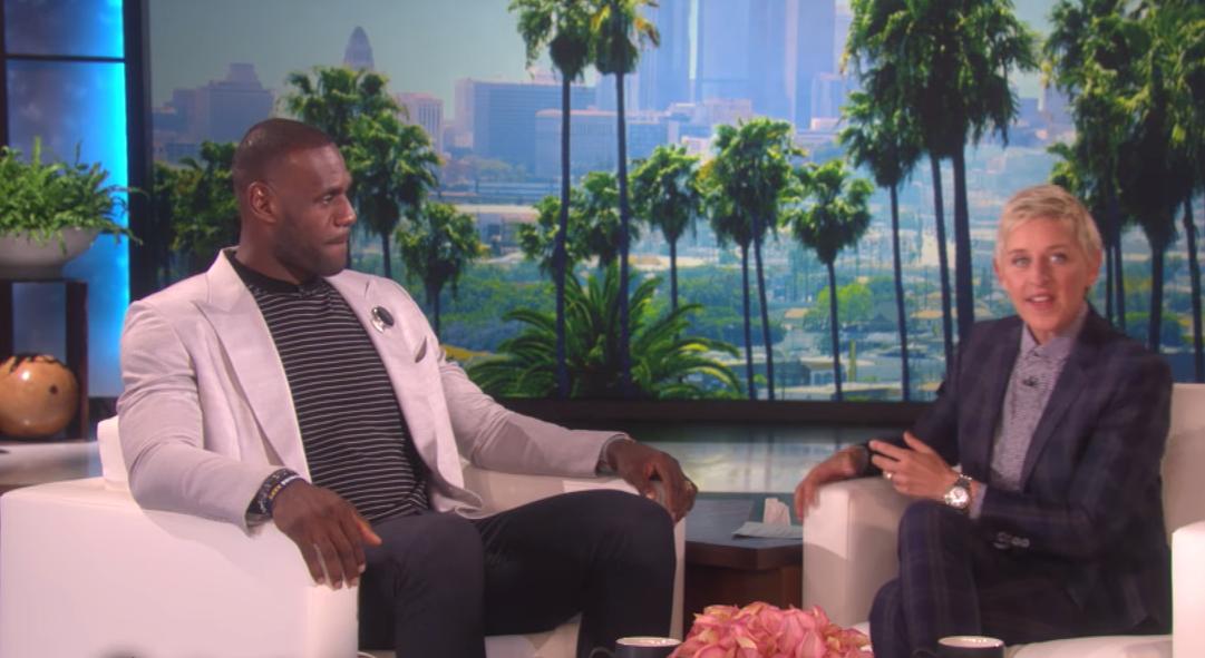 """LeBron James : """"Ne vous laissez pas abuser par le sourire de Curry"""""""