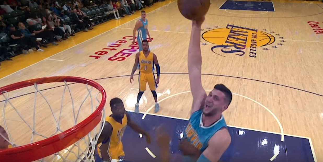 Top 5 : Jusuf Nurkic sans pitié pour Metta World Peace