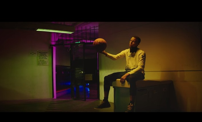 """Make that old"" : La nouvelle pub Under Armour avec Stephen Curry"