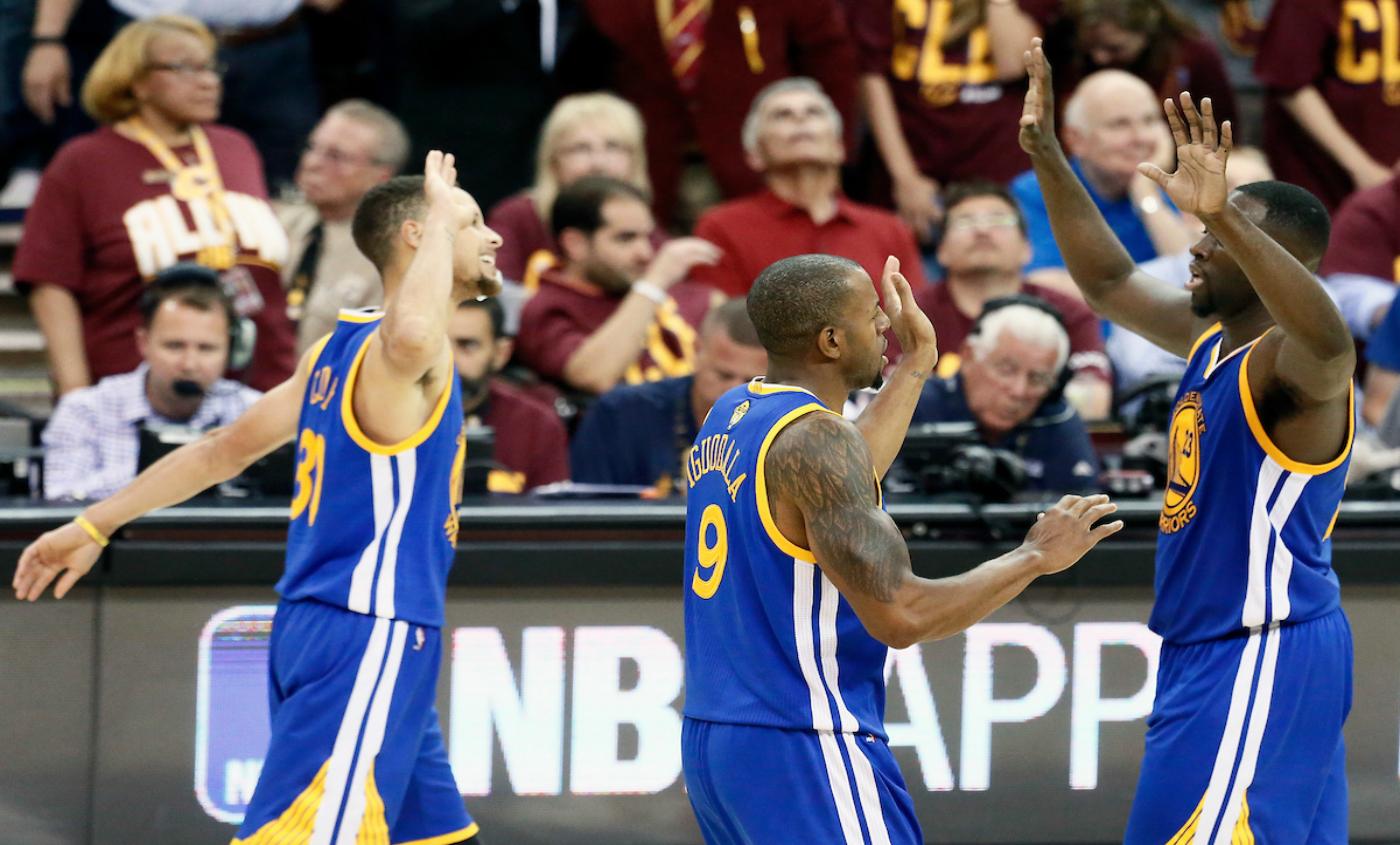 Les Warriors, première équipe depuis Jordan à gagner 60 matches trois saisons de suite