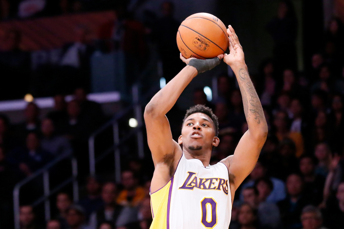 Lakers Vs Raptors Detail: Nick Young Sur Le Départ Contre Un 2e Tour De Draft