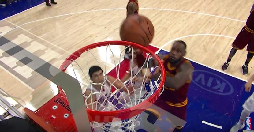 Top 10 : LeBron James avec une claquette folle !
