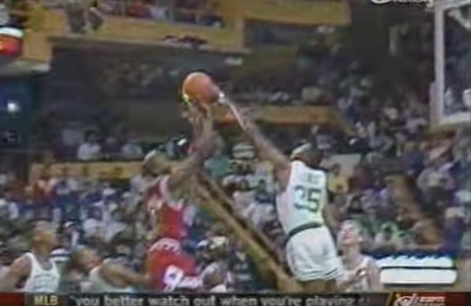 Vintage : Michael Jordan contré quatre fois par Reggie Lewis !