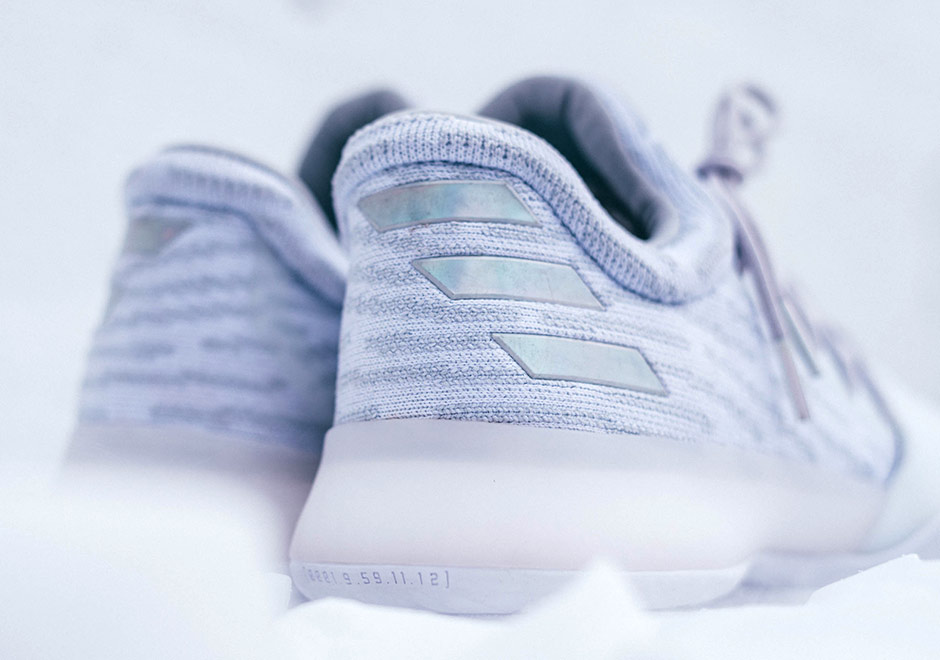 adidas_Harden-Vol-1_13-Below-Zero_christmas-B39495-6