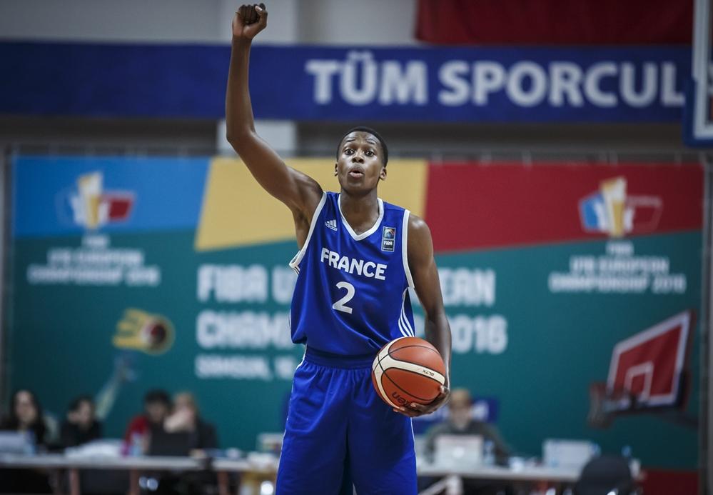 Frank Ntilikina énorme, les U18 en finale de l'Euro !
