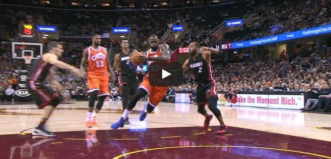 Légende : LeBron James devient le 9ème meilleur marqueur de l'histoire