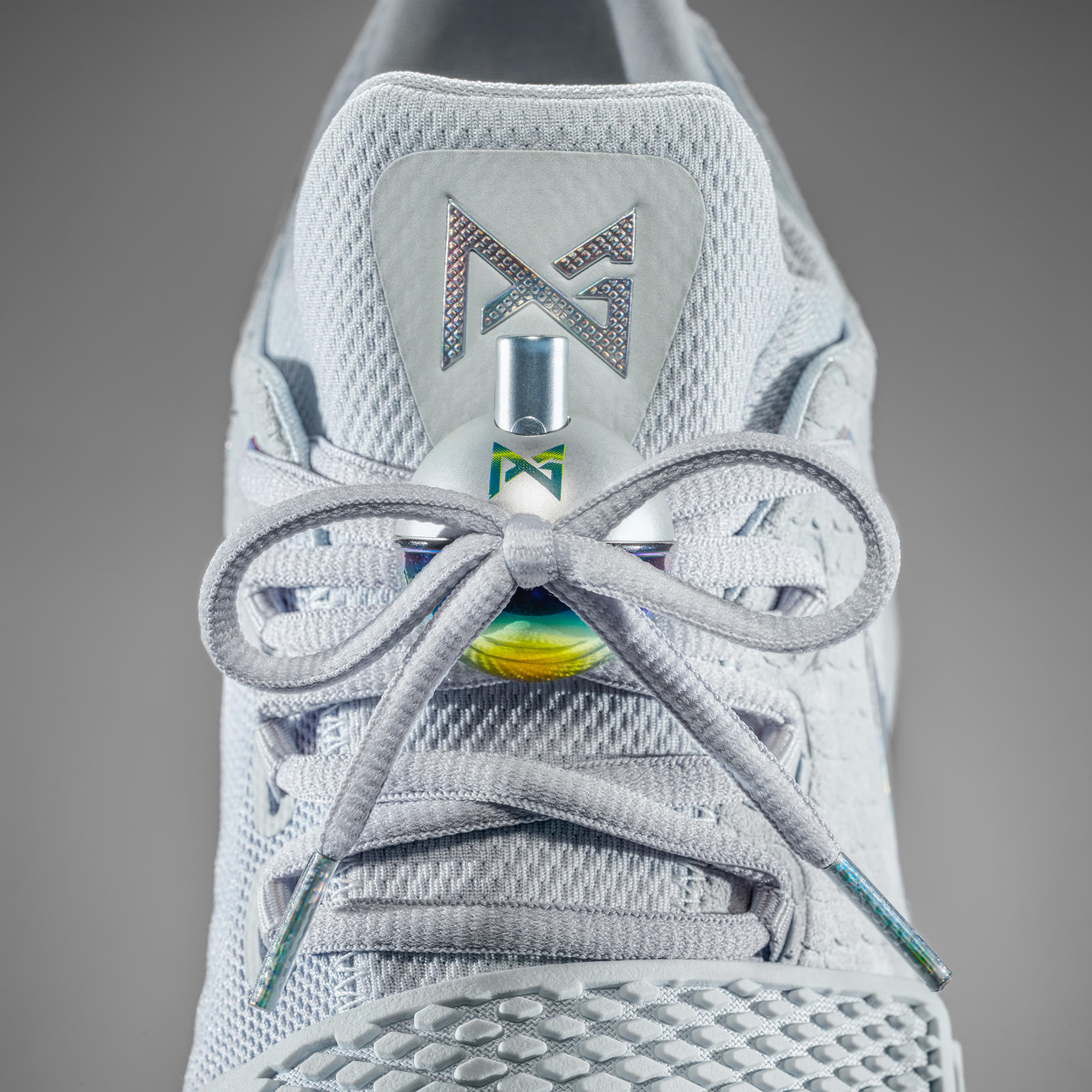 16-420_Nike_PG1_Gray_Tongue-01b_square_1600