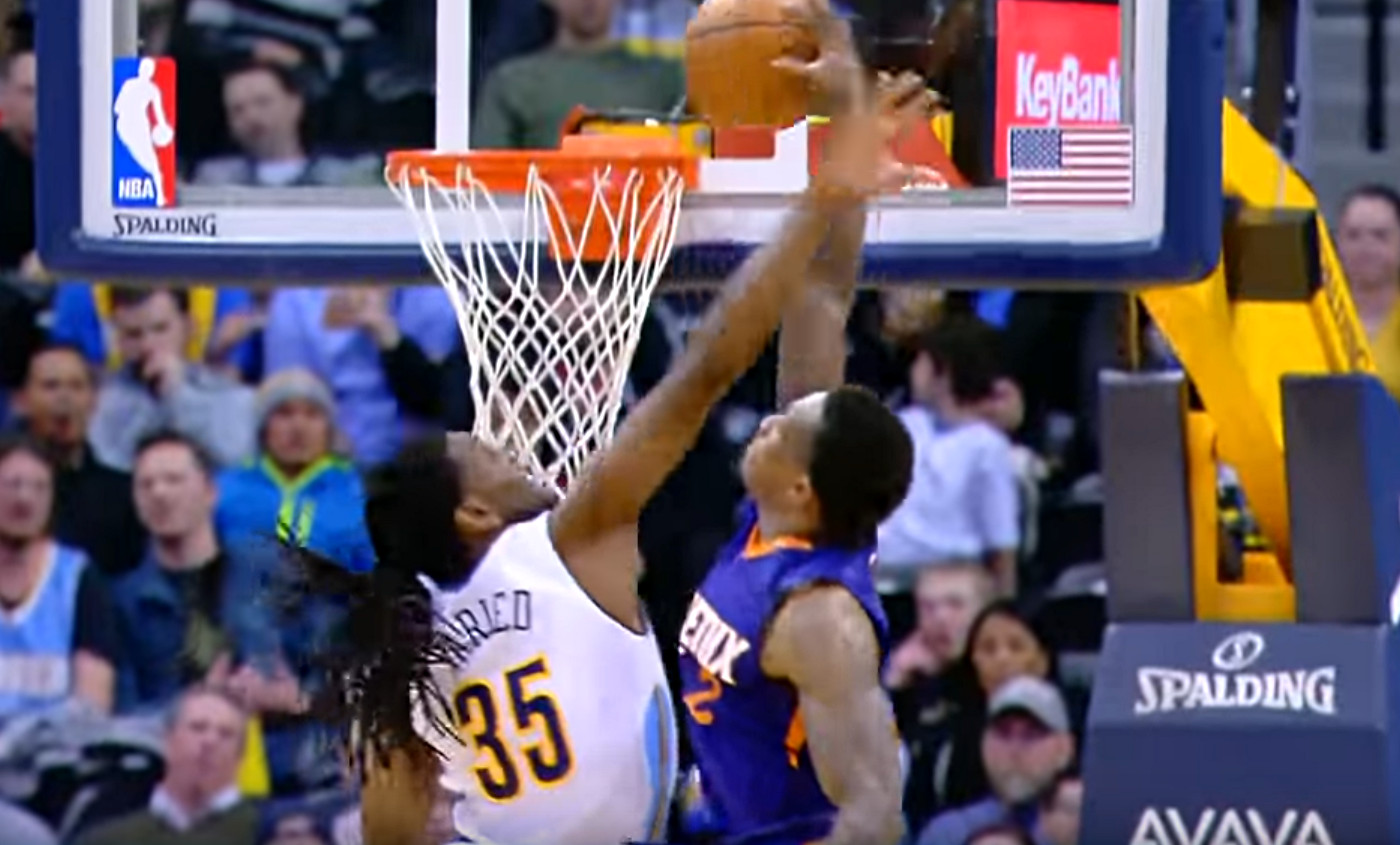 Eric Bledsoe postérise salement Kenneth Faried