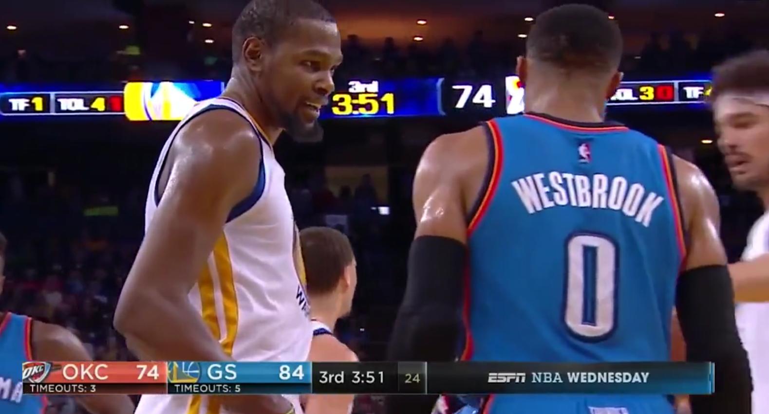 Kevin Durant et Russell Westbrook se sont parlés... 5 secondes