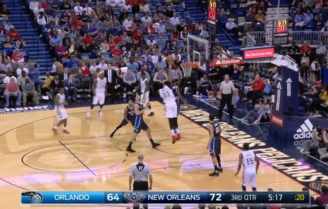 Not in my house : Serge Ibaka met un stop à Anthony Davis