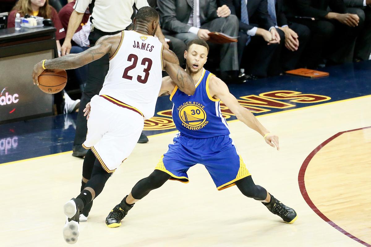 """LeBron James : """"Il n'y a pas de rivalité entre Stephen Curry et moi"""""""