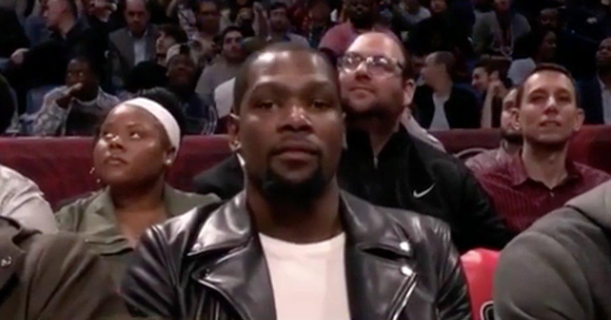 WTF : L'annonceur présente Kevin Durant «d'OKC» !