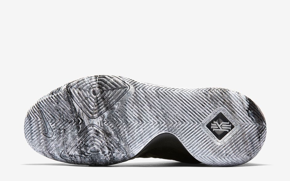 KYRIE-3-BHM-OUTSOLE