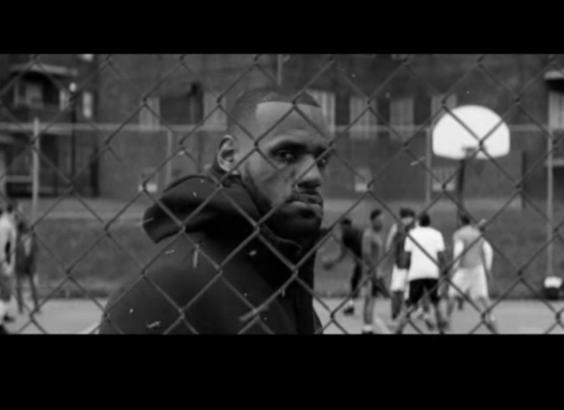 """LeBron et KD ensemble dans le spot """"Equality"""" de Nike"""