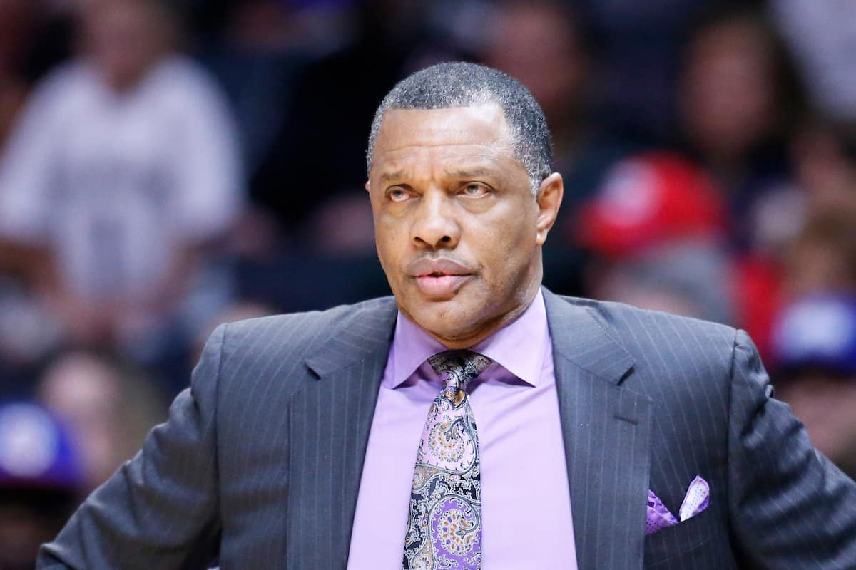 Alvin Gentry veut installer le duo Rondo-Holiday dans le cinq