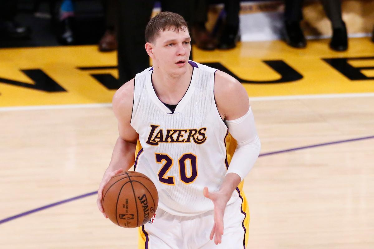 Les Lakers officialisent le tanking : Timofey Mozgov ne jouera plus de la saison