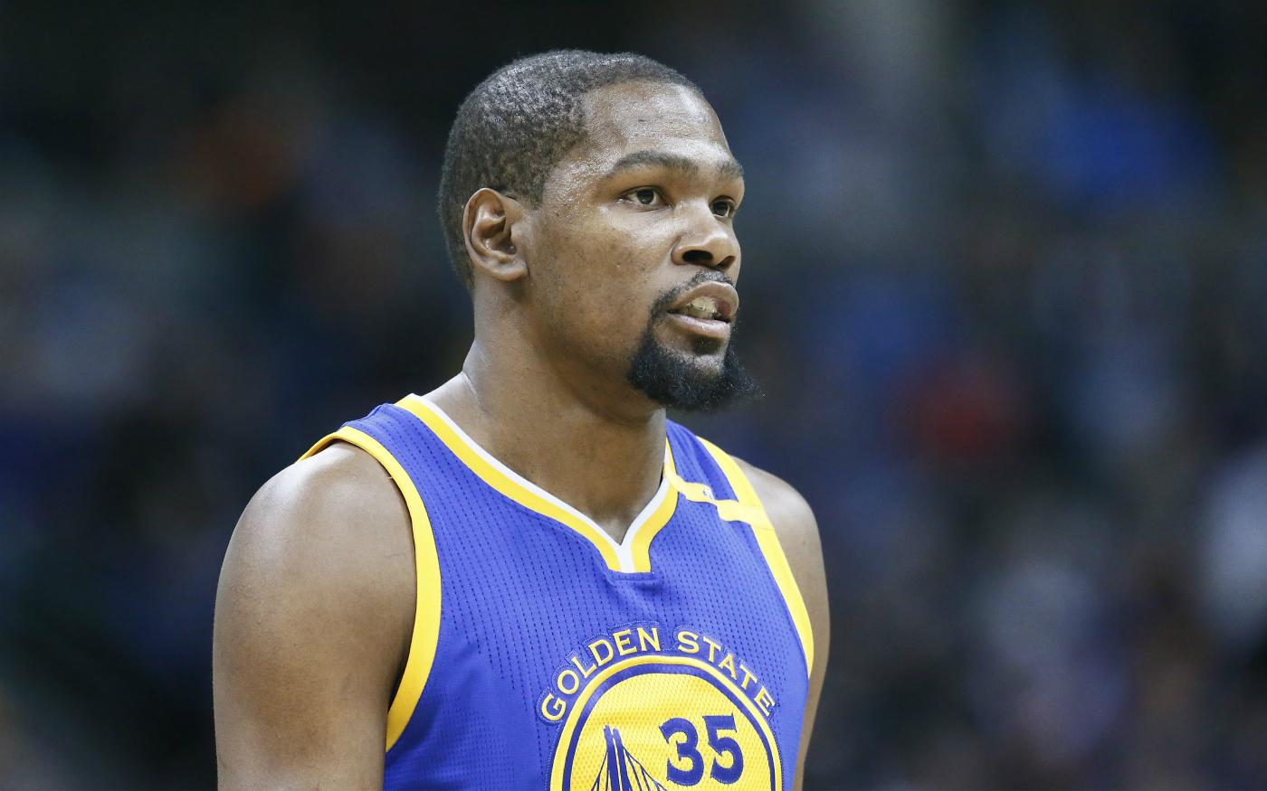 Kevin Durant signe son retour par une belle victoire avec les Warriors