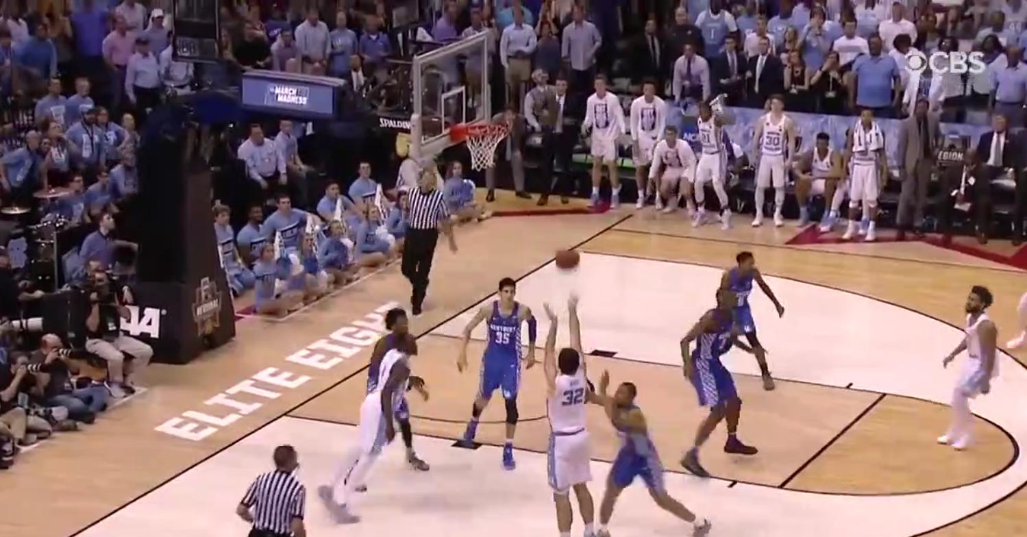 Tournoi NCAA : Kentucky éliminé par UNC dans une fin de match délirante !