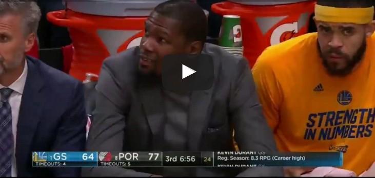 Replay : La moue de Kevin Durant après l'énorme shoot de CJ McCollum