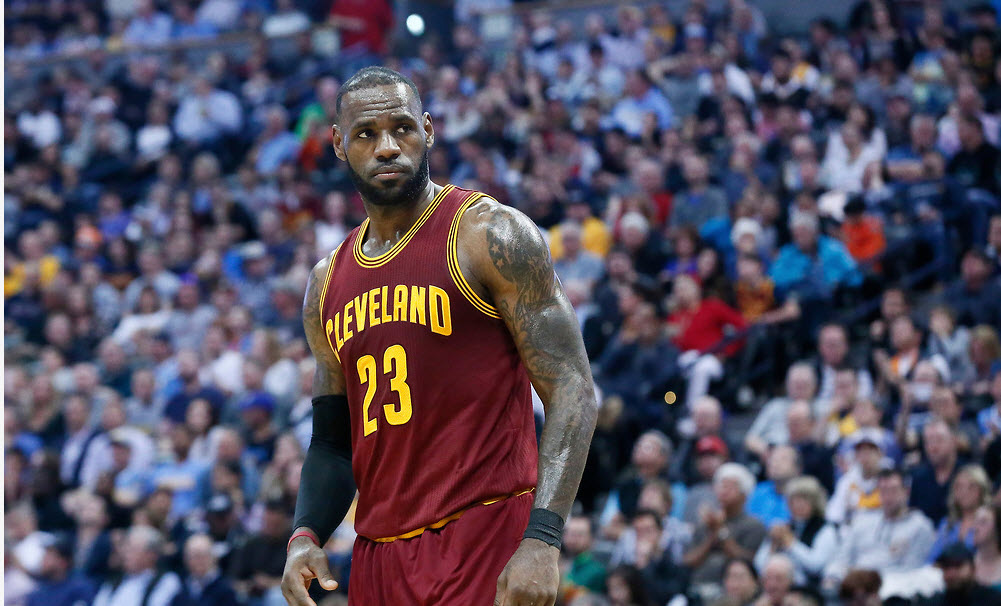 """LeBron James préfère jouer à l'extérieur : """"J'aime l'adversité"""""""