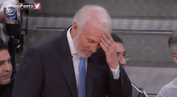 Gregg Popovich préfère rire du flop flagrant de Draymond Green
