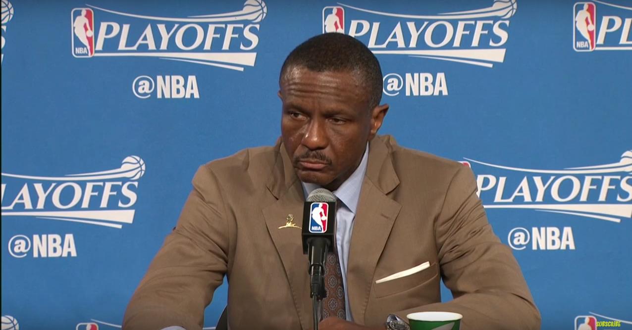 Dwane Casey veut que ses joueurs arrêtent de regarder jouer LeBron James