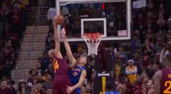 Reverra-t-on un monster dunk comme celui-là pendant les Finales ?