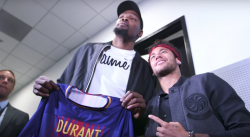 Quand Neymar rencontre Kevin Durant et Draymond Green