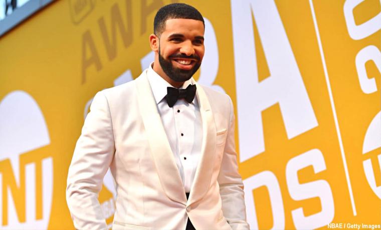Drake a mis un short des Sixers… pour aider les Raptors