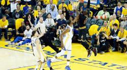 Le Top 10 des plus gros dunks lors des Finales NBA 2017 !