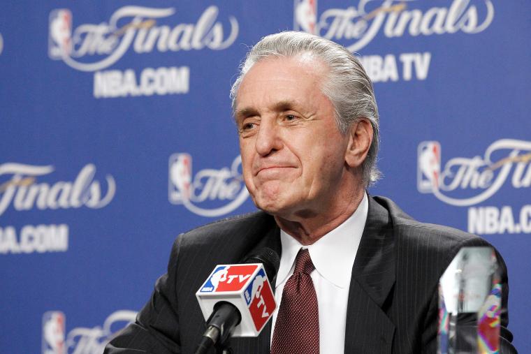 Pat Riley a envisagé de retourner aux Lakers