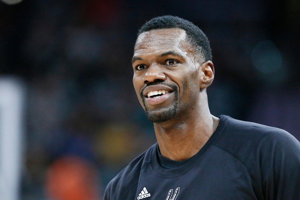 Dewayne Dedmon en route pour les Sacramento Kings