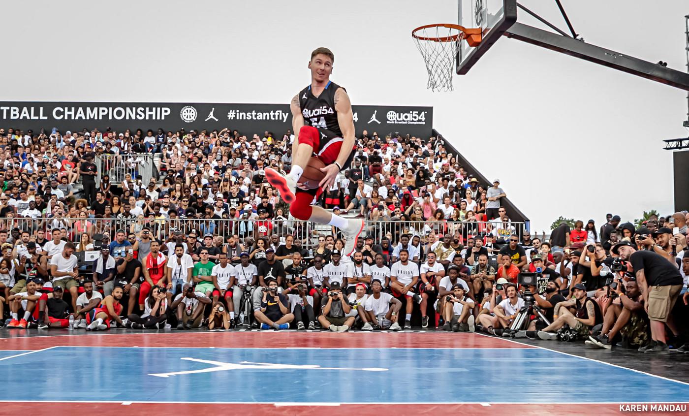 L'énorme concours de dunk du Quai 54