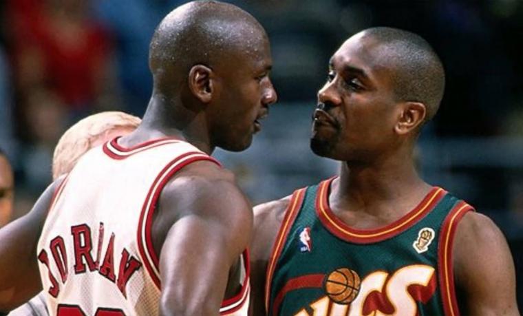 Gary Payton répond au fou rire de Michael Jordan à son sujet